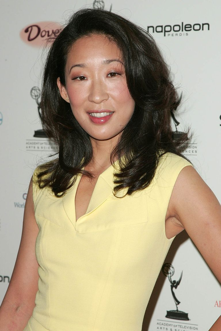 long length hair style 25 easy medium length hairstyles and haircuts for 3997 | 1501182157 sandra oh.jpg?crop=1