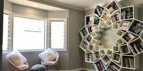 Craft ideas easy diy projects for kids and adults for Building a bookcase for beginners
